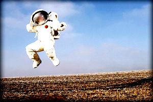 astronaut200